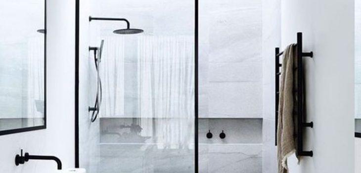Cambiar la bañera por un plato de ducha. ¡Pequeña gran reforma!
